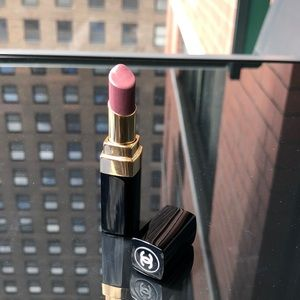 "Chanel Rouge Coco Shine 94 ""Confident"""